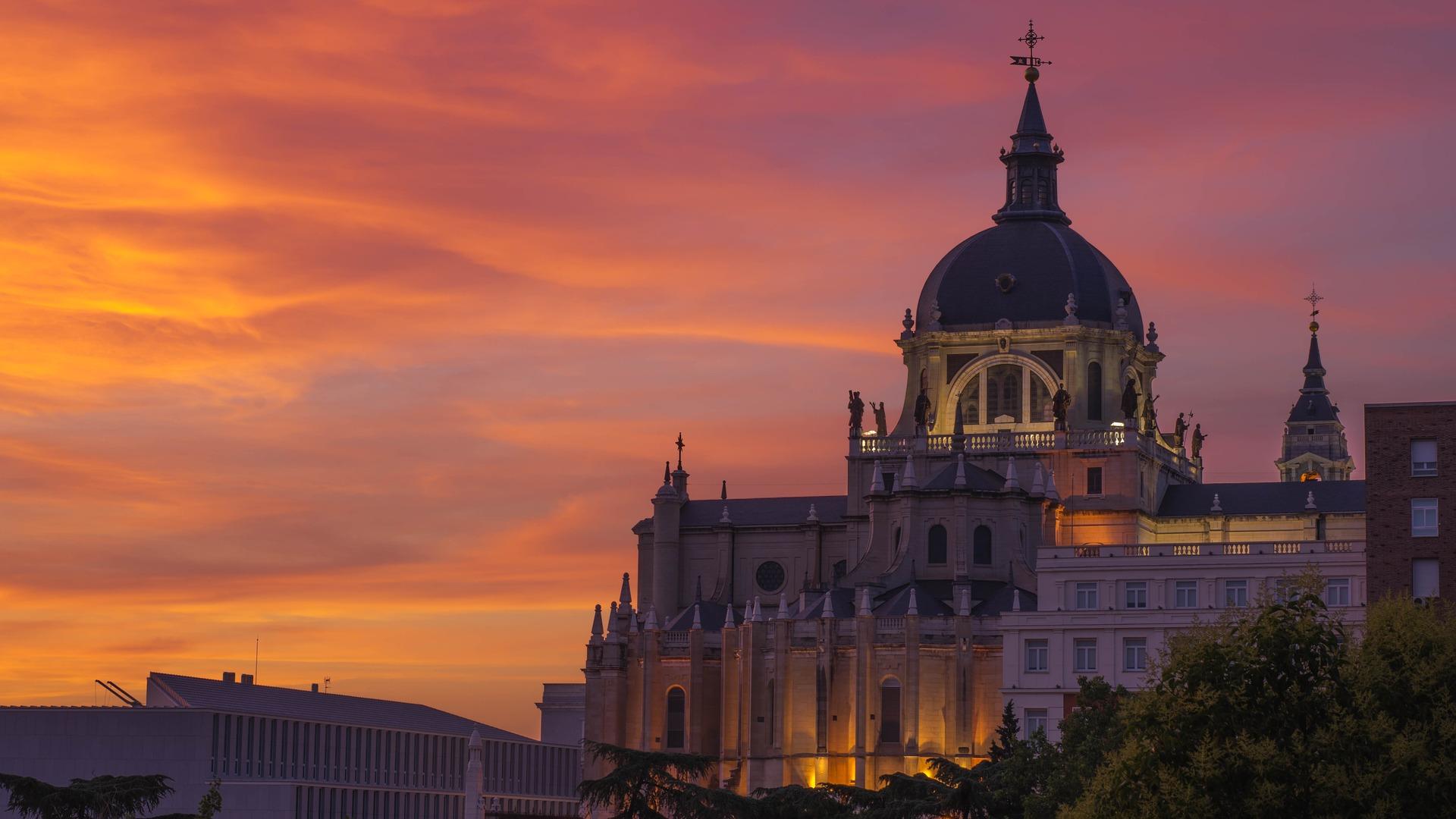 Spanien - der beste Staat für Urlaub